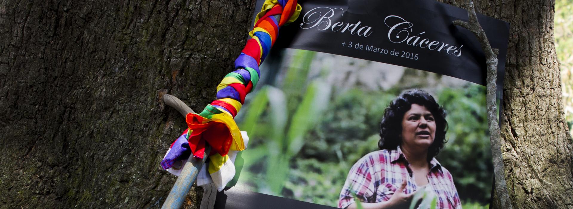 Giustizia per Berta Cáceres Tutti i responsabili del suo assassinio devono essere condannati