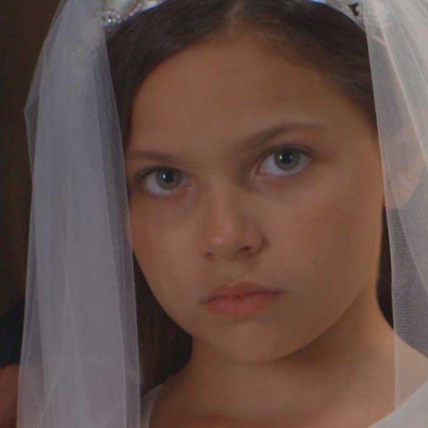 """Immagine della campagna """"mai più spose bambine"""""""