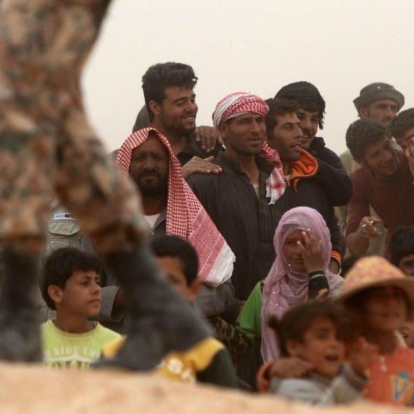Rifugiati dalla Siria al confine con la Giordania