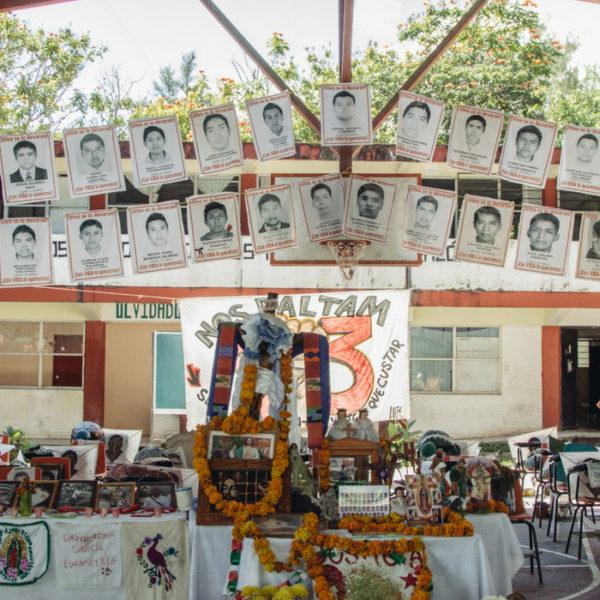 sparizione 43 studenti Ayotzinapa 5 anniversario