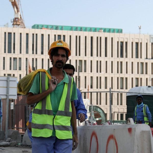qatar lavoratori sfruttati mondiali 2022
